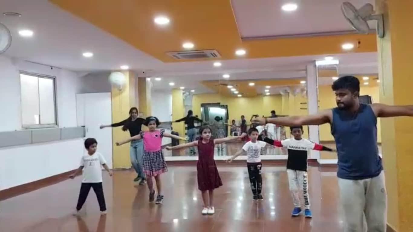 Kids dance class in marathahalli, Bollywood class in marathahalli, Freestyle class in marathahalli, Hiphop calss in marathahalli, contemporary class in marathahalli, salsa class in marathahalli, Zumba class in marathahalli